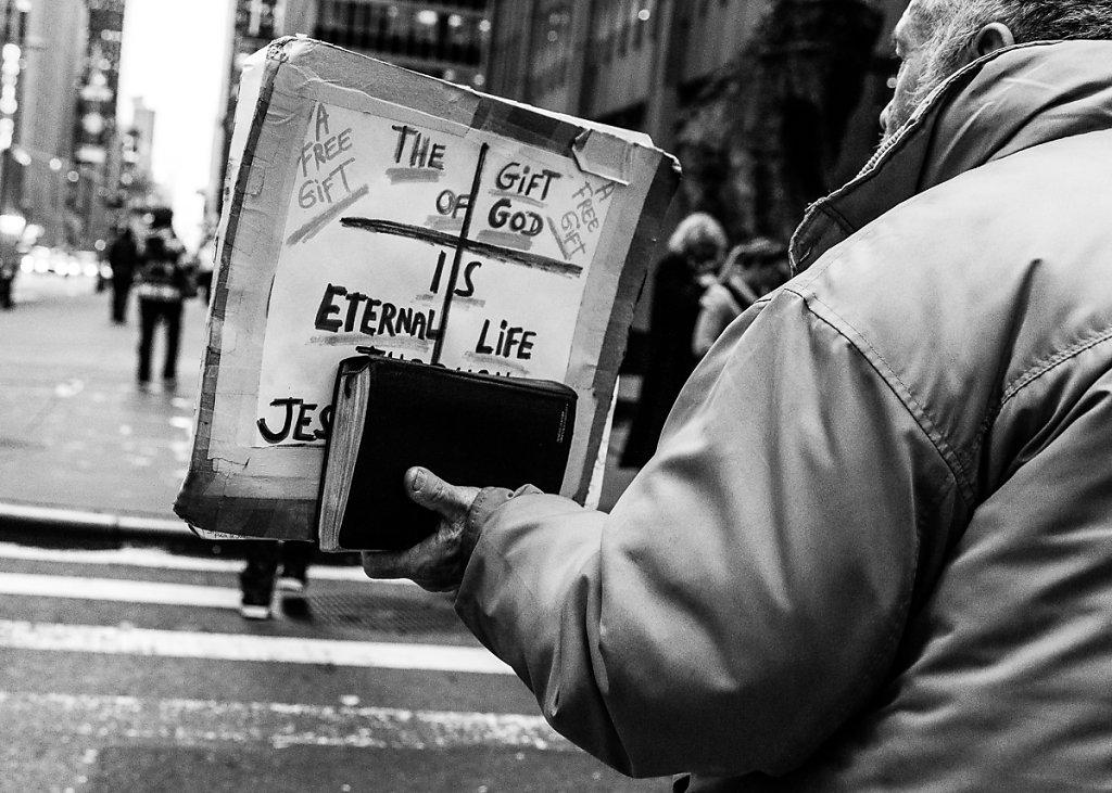 A Free Gift - New York, USA